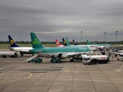 grey over the airports....rien ne va plus.... by <b>Schwiemonster2</b> ( a Panoramio image )