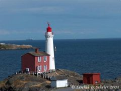 Fisguard lighthouse at Fort Rodd Hill by <b>wasbeertje</b> ( a Panoramio image )