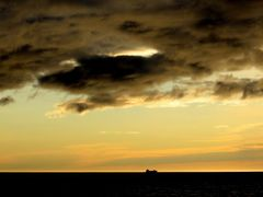 Dutch dredger at sunset by <b>Otrokov Alexander</b> ( a Panoramio image )