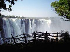 zimbabwe vic-falls by <b>illusandpics.com</b> ( a Panoramio image )