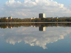 городское озеро by <b>murev</b> ( a Panoramio image )