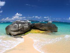 BVI rocks by <b>Rob Boudreau</b> ( a Panoramio image )