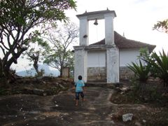 "SUDEERA"" WAY TO ANCIENT DEWANAGALA TEMPLE ON 08TH APRIL 2010 by <b>sampath wijenayake</b> ( a Panoramio image )"