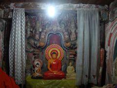 IMAGE HOUSE DEWANAGALA by <b>sampath wijenayake</b> ( a Panoramio image )
