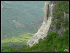 "vista a las ""cascadas Petrificadas II"" by <b>Ruben Pinhuelas</b> ( a Panoramio image )"