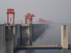 Serenity and technology: Three Gorges Dam by <b>Marilyn Whiteley</b> ( a Panoramio image )