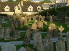 St Canice Cathedral Graveyard. Dwellings:Past, Present, and Futu by <b>inessa.ie</b> ( a Panoramio image )