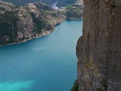 Preikestolen,Lysefjord by <b>Dariusz Durdyn</b> ( a Panoramio image )