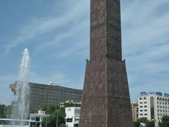 "Tunisi moderna.Torre dell""orologio. Modern Tunis,the Clocktower. by <b>brezza</b> ( a Panoramio image )"