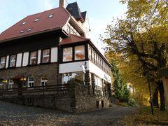 Gasthaus am Pfaffenberg by <b>AndreasApel</b> ( a Panoramio image )