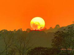Puesta de sol desde mi casa, Naranjo, Costa Rica by <b>Melsen Felipe</b> ( a Panoramio image )