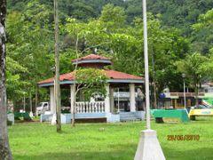 Kiosco del Parque de Golfito by <b>Gino Vivi</b> ( a Panoramio image )