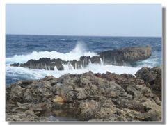il relitto pietrificato divorato dal mare by <b>Rafl</b> ( a Panoramio image )