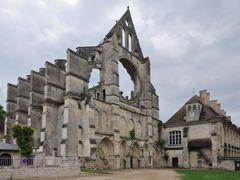 Abbaye de Longpont, F by <b>roland.fr</b> ( a Panoramio image )