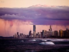 City below the cloud jumping on the sea by <b>nanowormx</b> ( a Panoramio image )