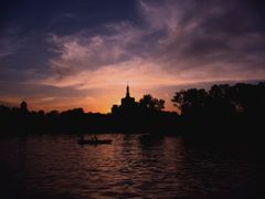 Romantic boat by <b>Ghiocela</b> ( a Panoramio image )