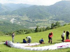 Paragliding Mojkovac start Gradac S by <b>Dusan Stevovic</b> ( a Panoramio image )
