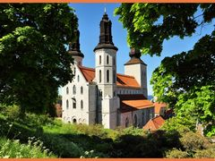 Visby cathedral by <b>F. van Daalen</b> ( a Panoramio image )