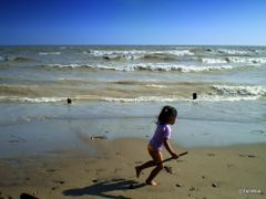 Long Point Little Hunter - Lake Erie by <b>Tomros</b> ( a Panoramio image )