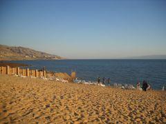 Holiday Inn sandy beach by <b>Dr.Azzouqa</b> ( a Panoramio image )