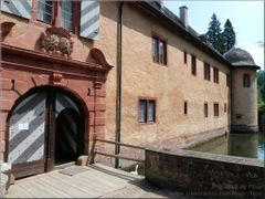 Mespelbrunn Castle - Entrance by <b>FSup</b> ( a Panoramio image )