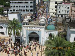 Gate road Shahjalal Mazar by <b>abedin2020</b> ( a Panoramio image )