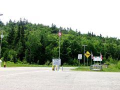Canadian Border, NH by <b>Hank Waxman</b> ( a Panoramio image )