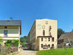 Wolkenburg - Muhle Wolkenburg (Mitte), 1565 urkundlich erstmals  by <b>Rudolf Henkel</b> ( a Panoramio image )