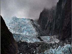 Fox Glacier by <b>Vladimir Minakov</b> ( a Panoramio image )