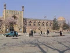 Andijan (Fergana Valley), Uzbekistan by <b>lolochesnel</b> ( a Panoramio image )
