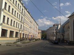 Большой Овчинниковский переулок by <b>Pimenov Sergey</b> ( a Panoramio image )
