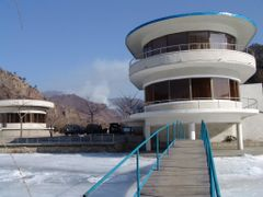 Resthouse Road Wonsan - Pyongyang by <b>gom</b> ( a Panoramio image )