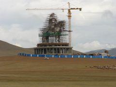 Gengis Kahn, Mongolia by <b>nico_achin</b> ( a Panoramio image )
