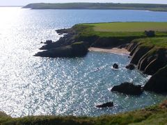 Whiting Bay and Goat Island, Ardmore by <b>Clive on Beara</b> ( a Panoramio image )