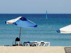 Playa de Ghadira en la bahia de Mellieha, Malta - Ghadira beach  by <b>Francisco dos Santos</b> ( a Panoramio image )