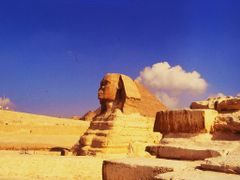 Three tousand years of silence - Great Sphinx, Gizeh, Egypt by <b>il medico</b> ( a Panoramio image )