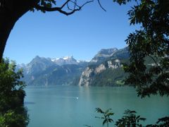 Swiss landscape in frame by <b>nyuszimama</b> ( a Panoramio image )