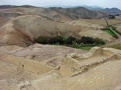 """Fortaleza de Paramonga""  Complejo arqueologico de origen ""Chimu by <b>Omar Gobbi</b> ( a Panoramio image )"