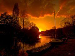 ATARDECER EN AMSTERDAM / SUNSET IN AMSTERDAM by <b>anaberdi</b> ( a Panoramio image )