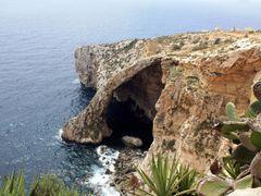 Blue Grotto by <b>kerrentyu</b> ( a Panoramio image )