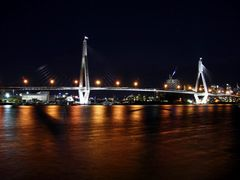 View of Sydney at night from Blackwattle Bay  by <b>tamask</b> ( a Panoramio image )