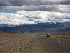 На подъезде к Ульгию by <b>nub1an</b> ( a Panoramio image )