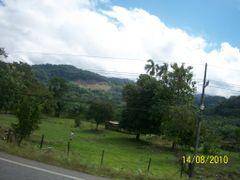 Paisaje rural cercano a Piedras blancas by <b>luissamudio</b> ( a Panoramio image )