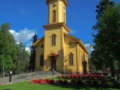 Oulunsalon kirkko by <b>merisilta</b> ( a Panoramio image )