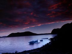 Midnight sun near Hvalsey by <b>Philippe Stoop</b> ( a Panoramio image )