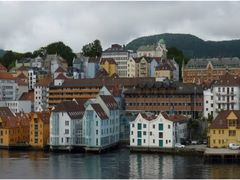 arrivo a Bergen by <b>patano</b> ( a Panoramio image )