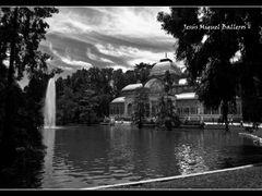 *Palacio De Cristal (Ampliar) by <b>Jesus Miguel Balleros</b> ( a Panoramio image )