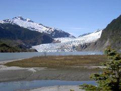 Mendenhall Glacier - Alaska by <b>Maria Gizella Nemcsics</b> ( a Panoramio image )