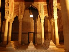Marrakech 5 - Saadian Tombs - Mausoleum 17th century Saadi Dinas by <b>MAPP HUDRANS</b> ( a Panoramio image )
