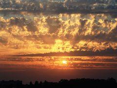 The Big Bang of the Sun by <b>Mario Eloi Castro</b> ( a Panoramio image )